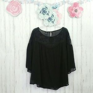Torrid Sheer Short Bell Sleeve Top w Lace Sz 3